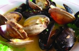 STEAMED-MUSSELS-CLAMS