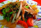 THAI-CHICKEN-SALAD
